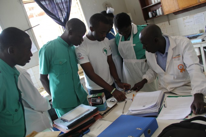 Is it positive or negative -Joshua Businge, Matibabu project testing some of the laboratory staff in Apac hospital,to obtain their views and opinions on the efficacy of the non-invasive malaria testing device